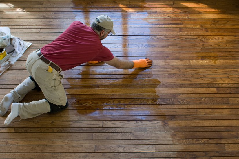 hardwood floor refinishing in Cleveland, OH